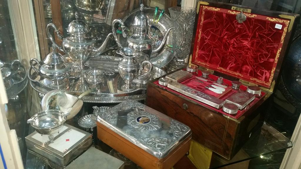 Objetos de plata antig edades llopis for Compra de objetos antiguos